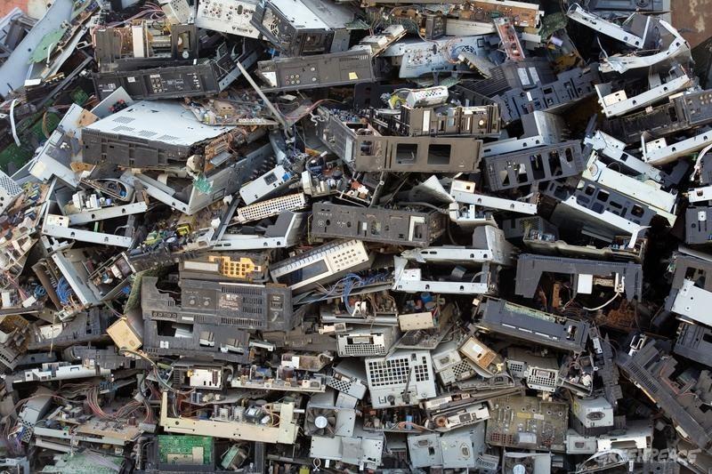 Elektroniikkaromua Guyiun kaupungissa Kiinassa