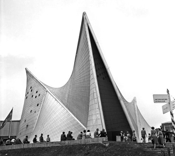 Philipsin paviljonki Brysselin maailmannäyttelyssä 1958