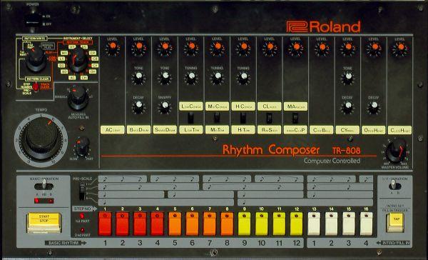 Roland TR-808; etupaneeli