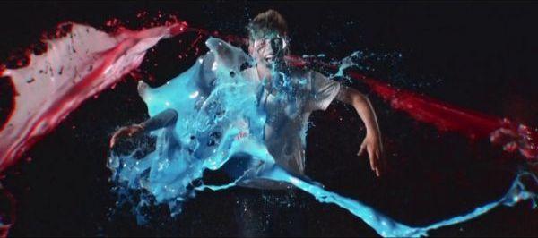 Robin - Boom kah (kuvankaappaus musiikkivideosta)