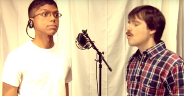 Weezer - Pork and Beans (kuvankaappaus musiikkivideosta)